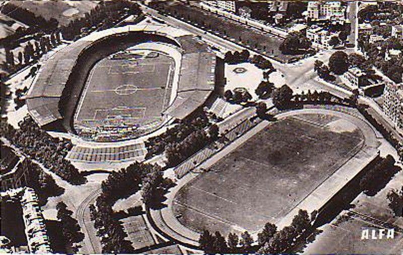 «Парк де Прэнс», Париж ПСЖ клубының алаңы. (ПСЖ клубы 1971 жылы құрылған, ал алаң болса 1897 жылы салынған)
